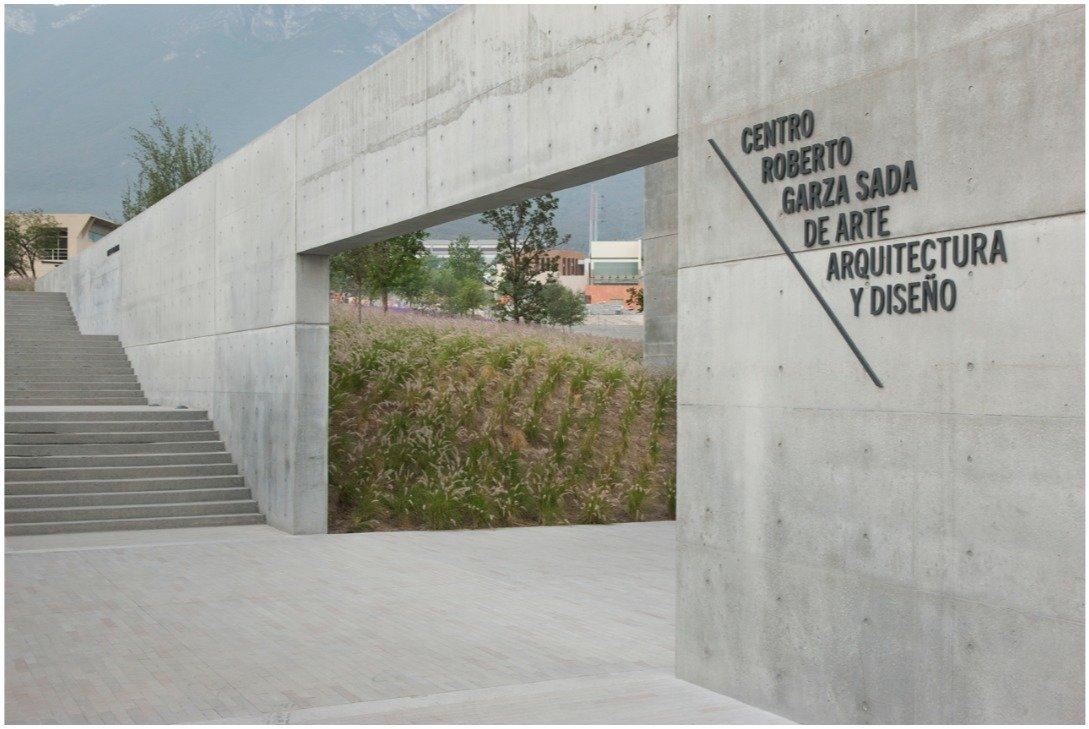 Environmental graphics for Tadao Ando's new arts center at the Universidad de Monterrey, Mexico.  Way-Finding Systems