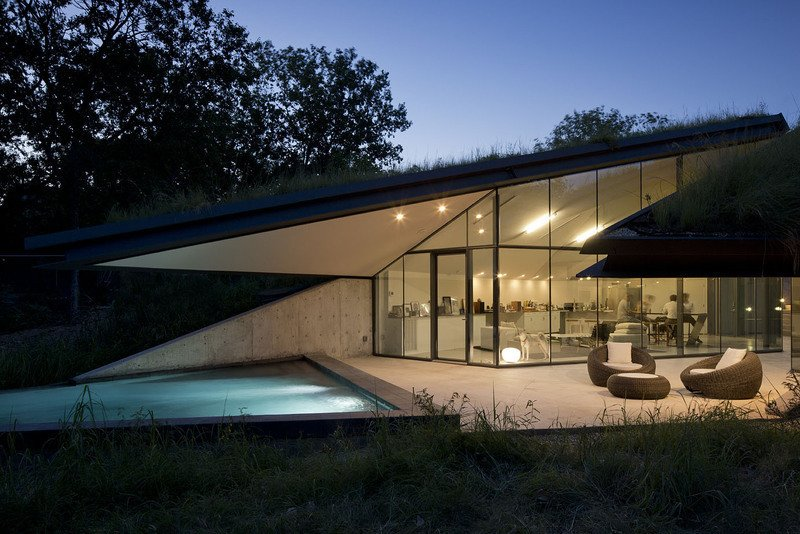 #EdgelandHouse #residence #modern #sunken #pithouse #angles #exterior #outside #outdoors #structure #BercyChenStudio  Edgeland House by Bercy Chen Studio