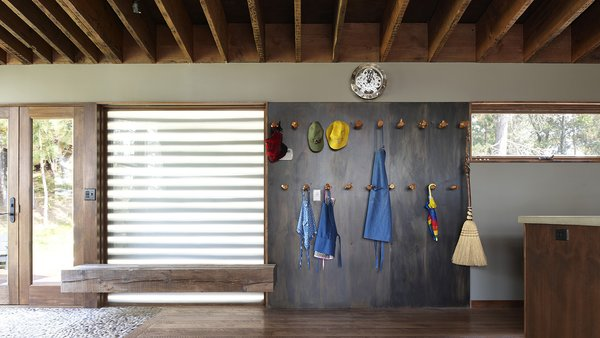 11 Ways to Create a Modern Mudroom in Your Home