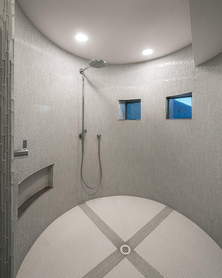 #FlynnRedux #modern #structure #midcentury #residence #interior #inside #indoor #bathroom #shower #minimal #window #lighting #dynamic #tile #coLABstudio  Flynn Redux