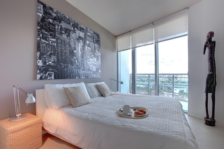 #modern #architecture #modernarchitecture #apartment #condo #condominium #minimal #bedroom #balcony #DENArchitecture #Miami  Wind Apartment Interiors