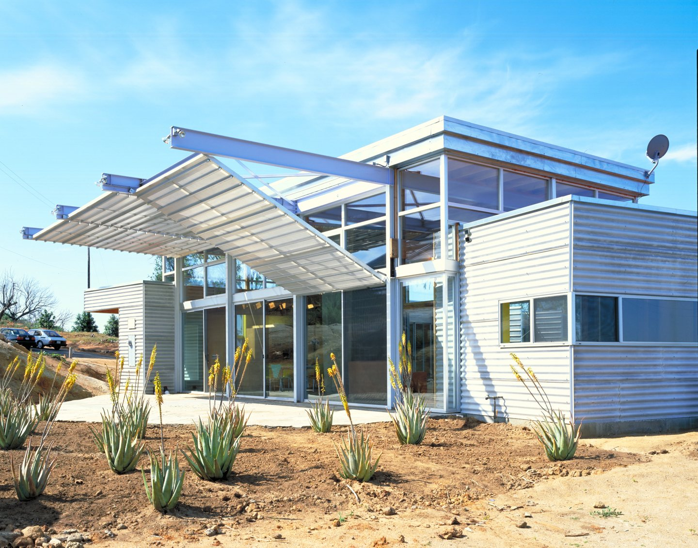 #outside #exterior #outdoor #landscape #desert #succulent #eco #green #sustainable #ValleyCenter #California #KevinDalyArchitects  Valley Center House
