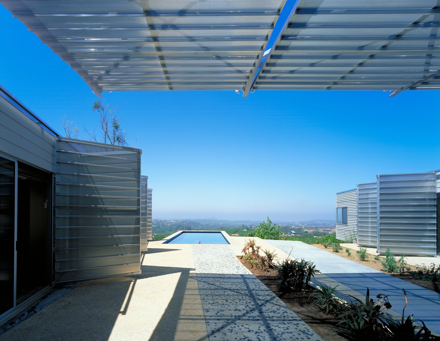 #exterior #outdoor #outside #pool #pooldesign #desert #view #eco #green #sustainable #ValleyCenter #California #KevinDalyArchitects  Valley Center House