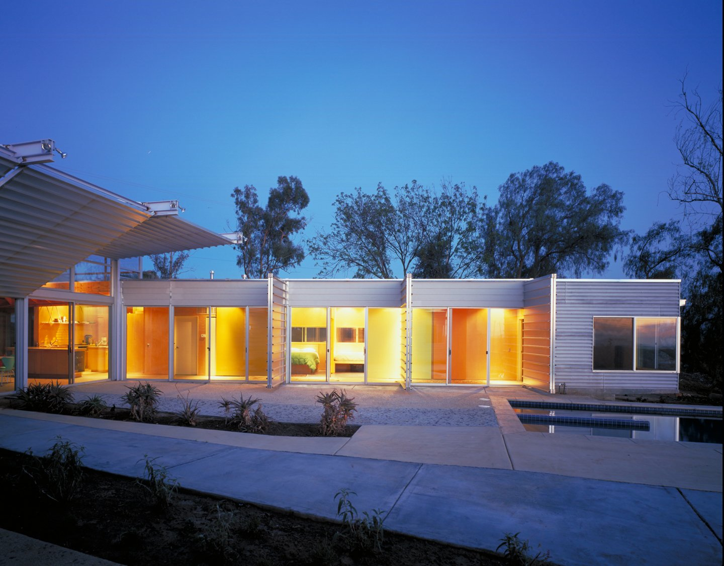 #exterior #outside #outdoor #landscape #eco #green #sustainable #ValleyCenter #California #KevinDalyArchitects  Valley Center House