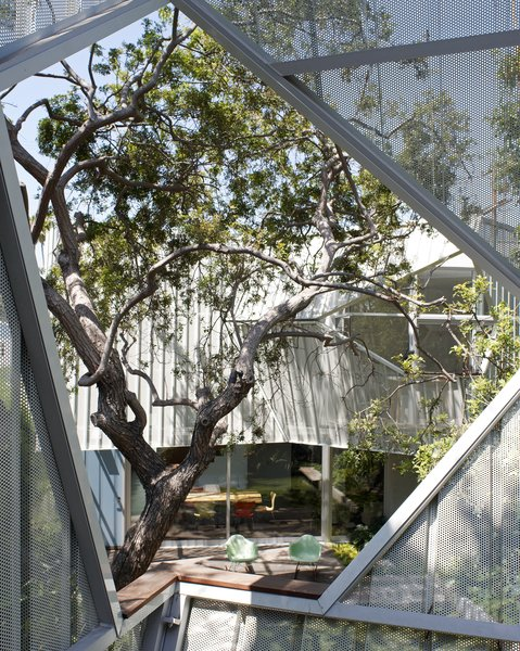 #outside #exterior #outdoor #geometry #Eames #rockingchair #tree #landscape #color #aluminum #metal #eco #green #sustainable #Venice #California #KevinDalyArchitects