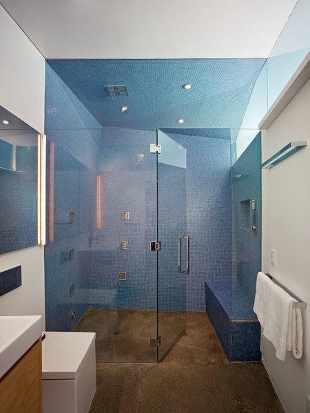 #inside #interior #indoor #bathroom #blue #tile #color #LosAngeles #California #KevinDalyArchitects
