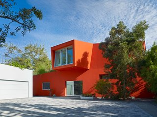 #exterior #outside #outdoor #landscape #orange #color #LosAngeles #California #KevinDalyArchitects