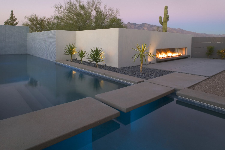 #modern #winterresidence #ibarrarosanodesignarchitects #architecture #exterior #fireplace #arizona #backyard   Photo 7 of 25 in 25 Blissful Backyards from Winter Residence Remodel