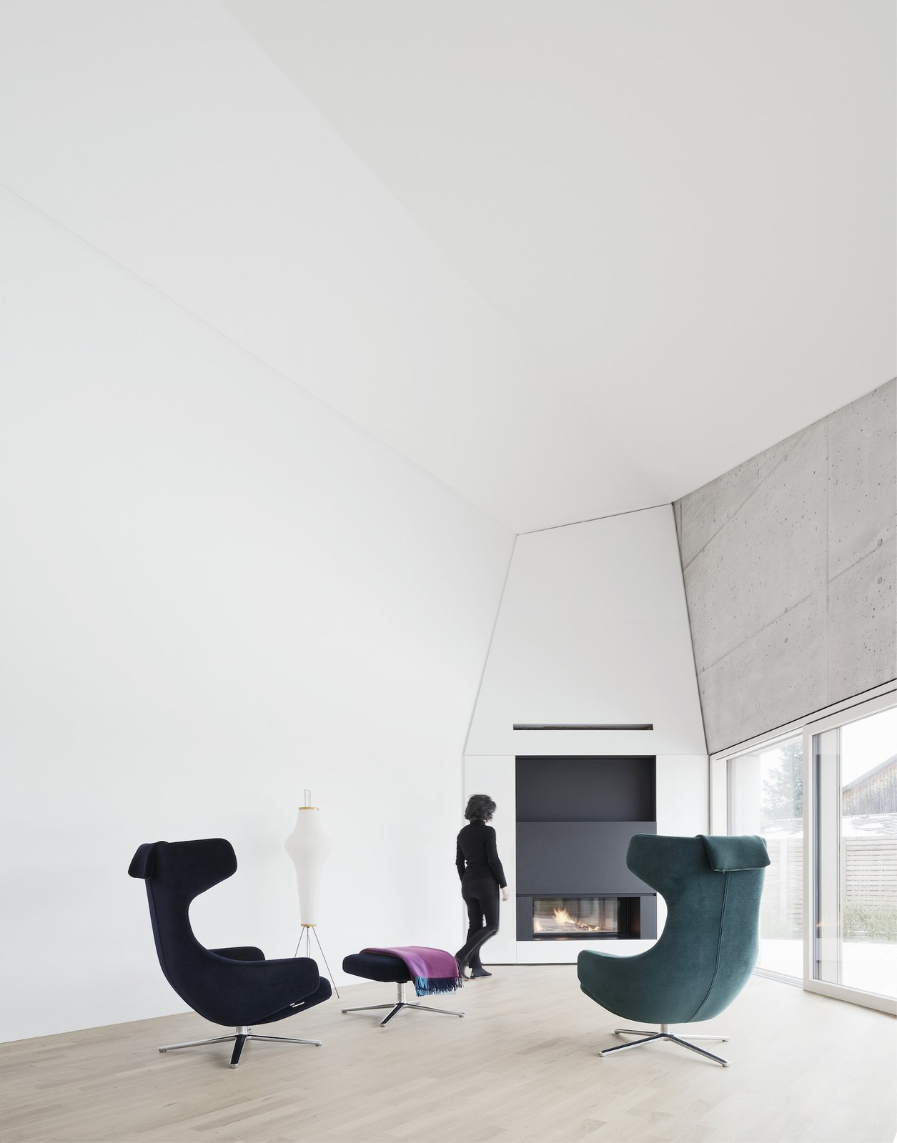Living area with fireplace  E20