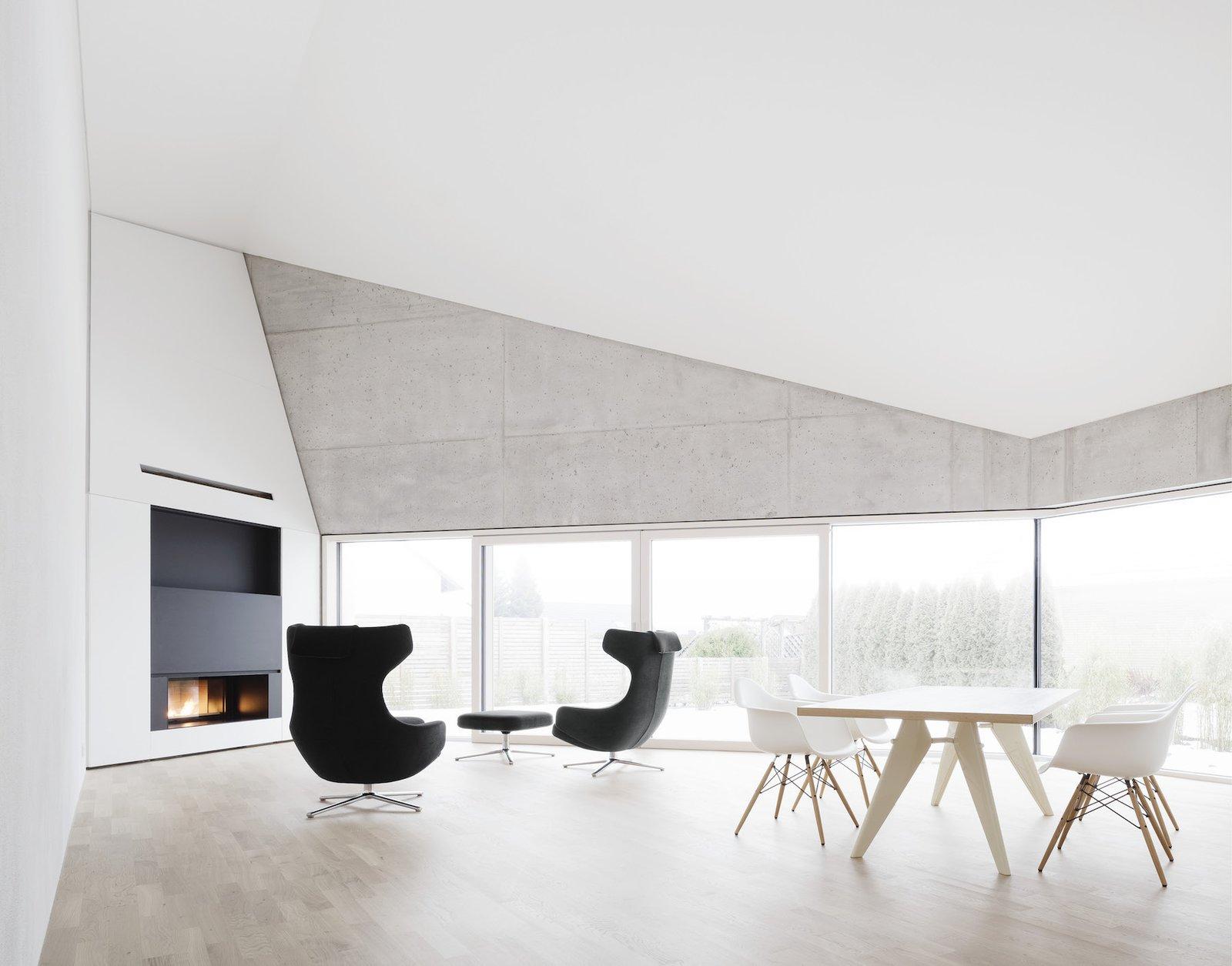 Main living area  E20