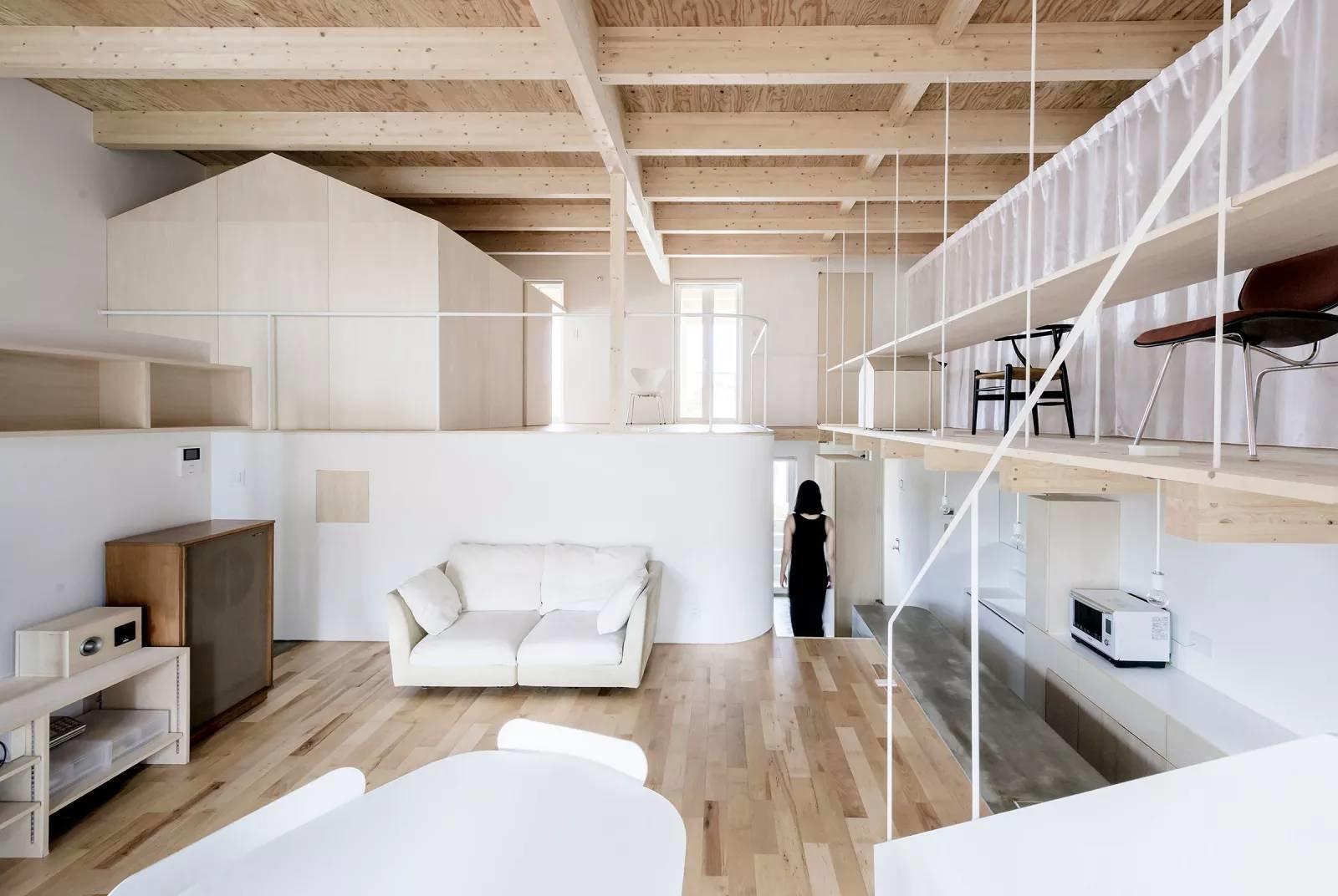 Living room  R + R