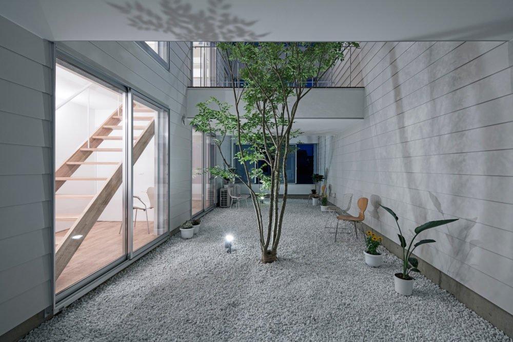 Courtyard  3 Walls in Fukuroi