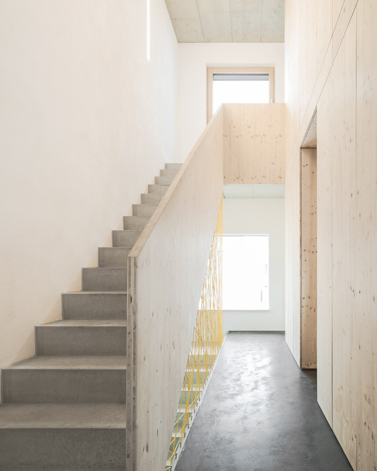 Staircase and Concrete Tread Staircase  Haus B