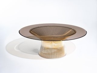 Platner Coffee Table in 18k gold-plated steel. Photograph by Knoll.