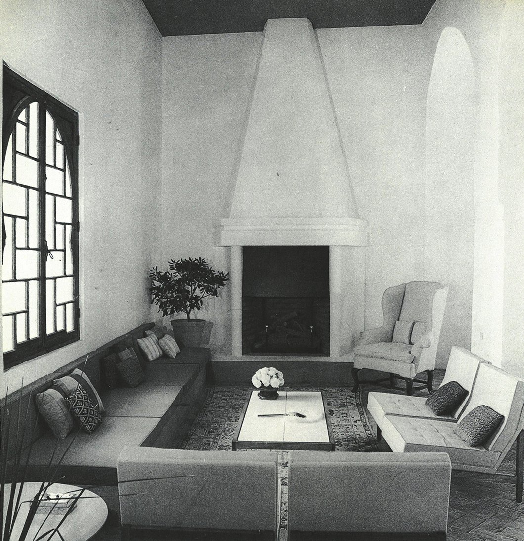 The main part of the 48-foot-long living room of York Castle, where Florence Knoll chairs were arranged around the fireplace.  Photo 9 of 12 in Morocco Modern
