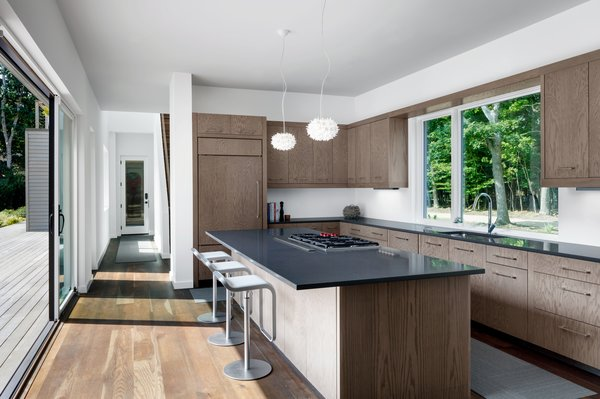Kitchen with indoor outdoor connection