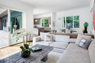 Living and dining space with indoor outdoor connection