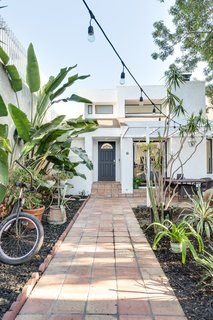 A Venice Beach Abode Becomes a Chic Co-Living Space Where Everything's For Sale