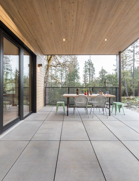 Breen and Good designed a pan deck that would accommodate the necessary drainage underneath. Stepstone worked with the design to create pavers that would be durable and stylish.