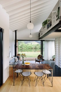 A New Zealand Architect Brings a Beach Shack Sensibility to His Family Home