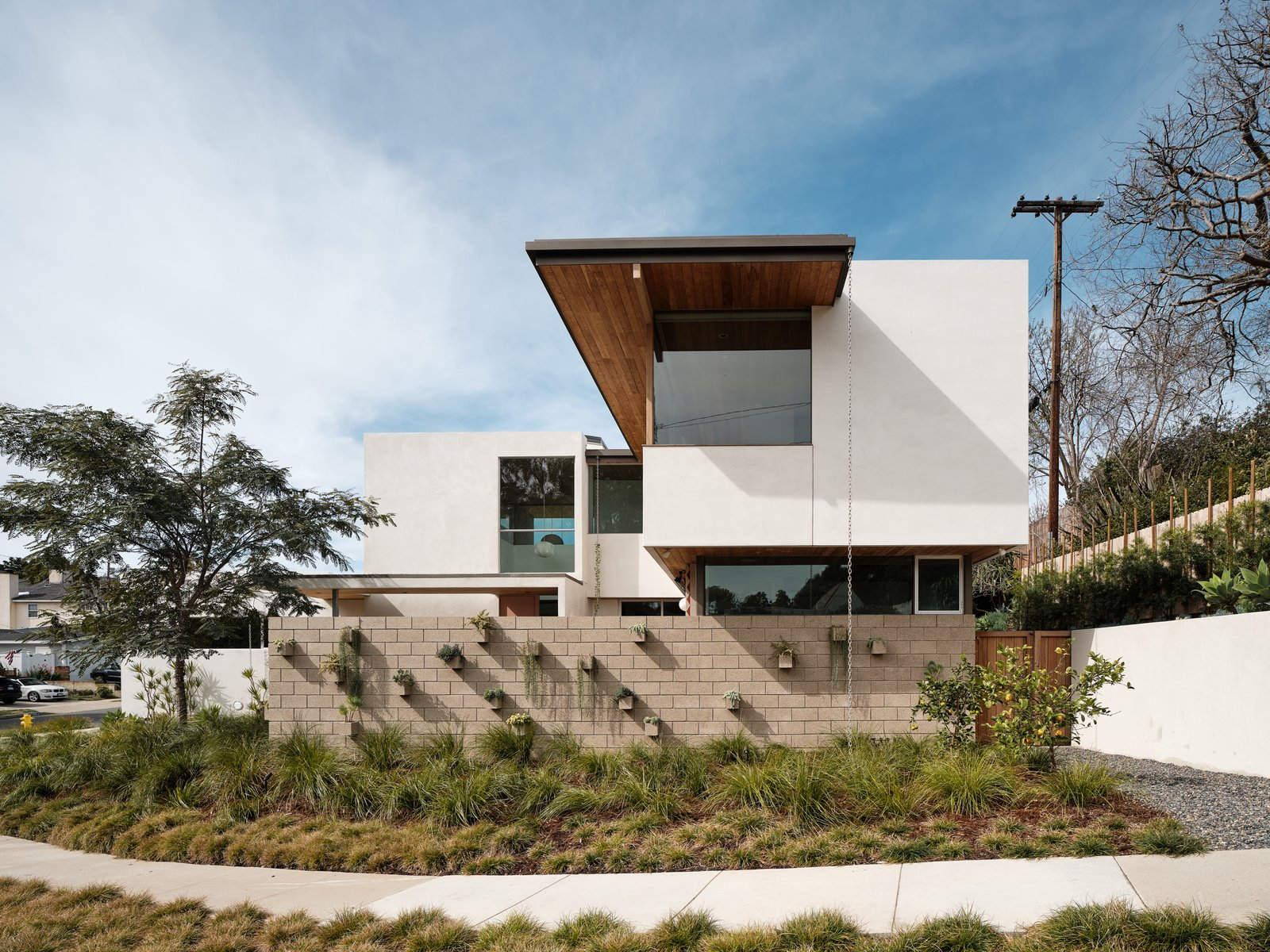 Courtyard House by Ras-a Studio exterior