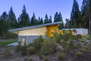 Dynamic rooflines create interesting forms while simultaneously opening clerestory windows perfect for letting in natural light to each studio.