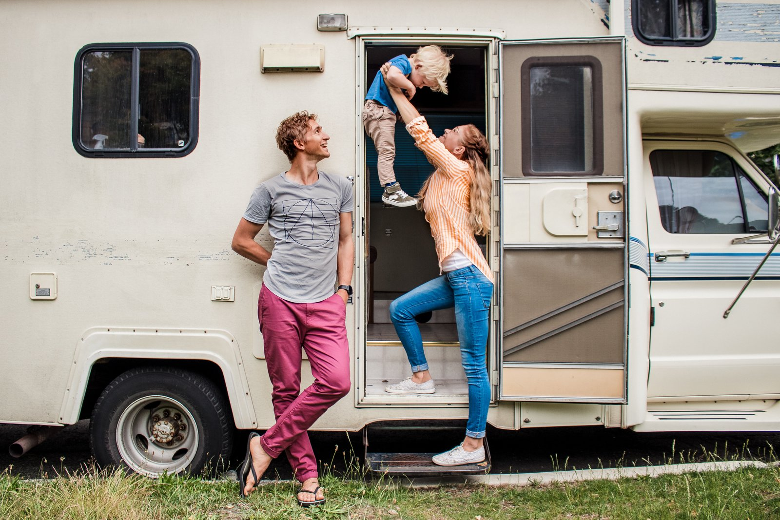 Before After A Dull Rv Becomes A Cheerful Abode In Just