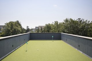 Putting green on the roof deck