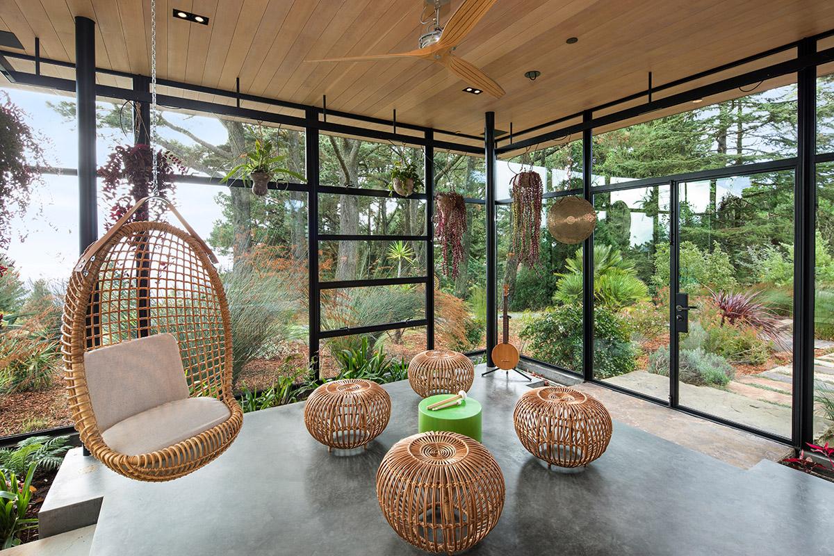 Seeds House glass studio
