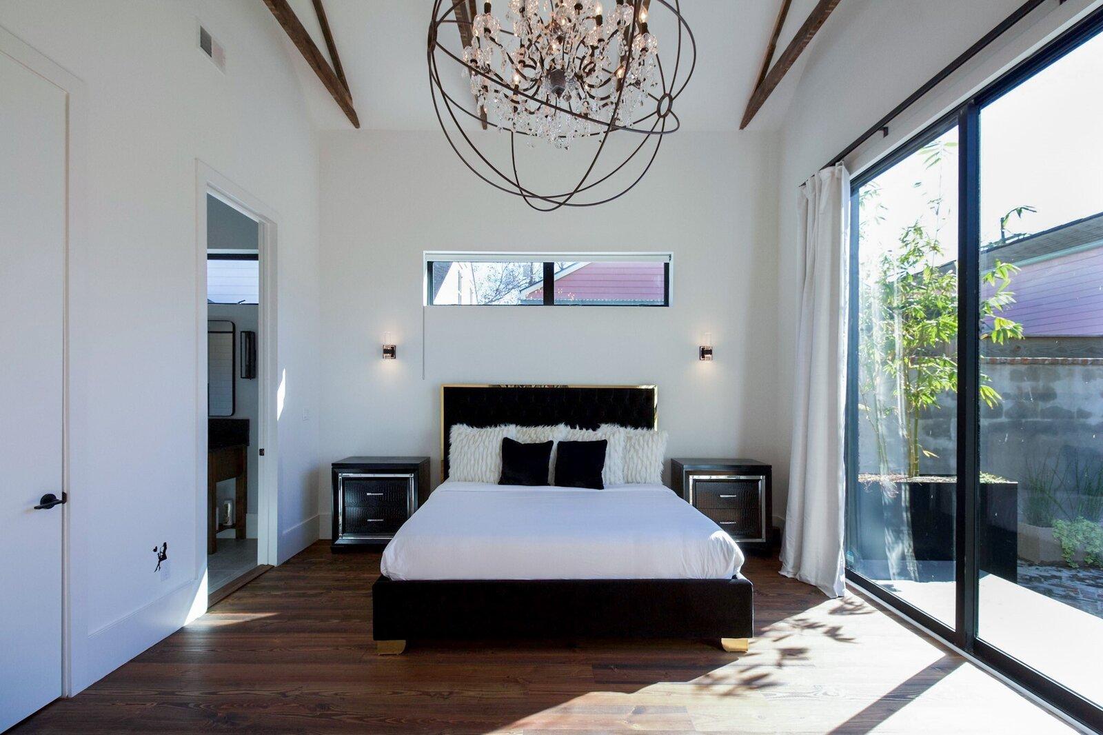 Alley & Castro Residence bedroom