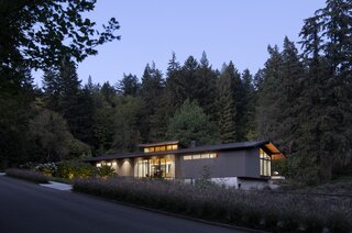 A Portland Home Combines Midcentury Style and Sustainable Design as It Bridges Wetlands
