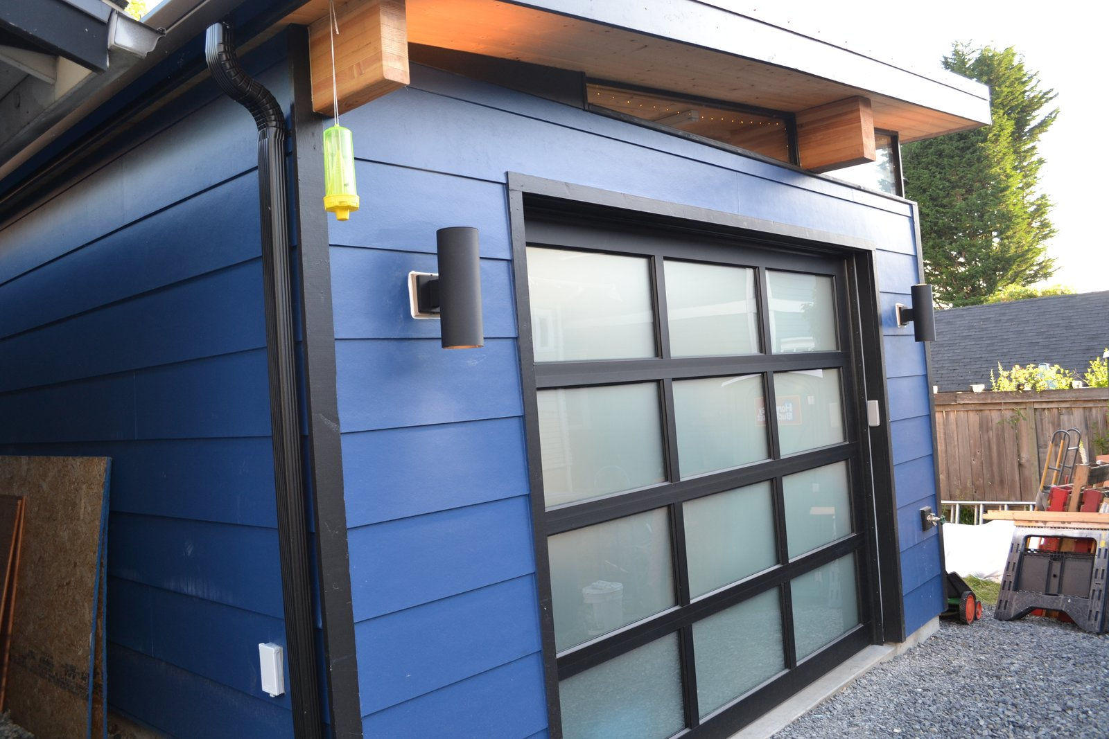 Modern Shed Garage Solution Modern Home In Seattle