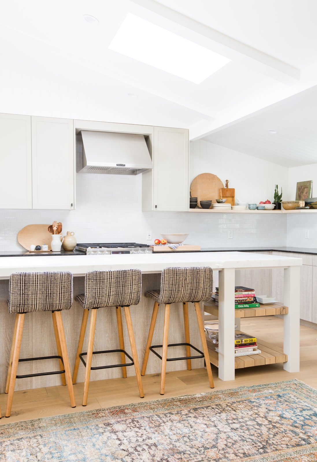 When updating her country kitchen into a modernist haven, Amber Lewis had a kitchen island at the top of her wish list.  Cooking Up Style by Dwell