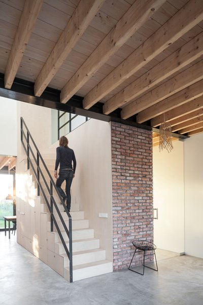 Best 60+ Modern Living Room Concrete Floors Design Photos ...