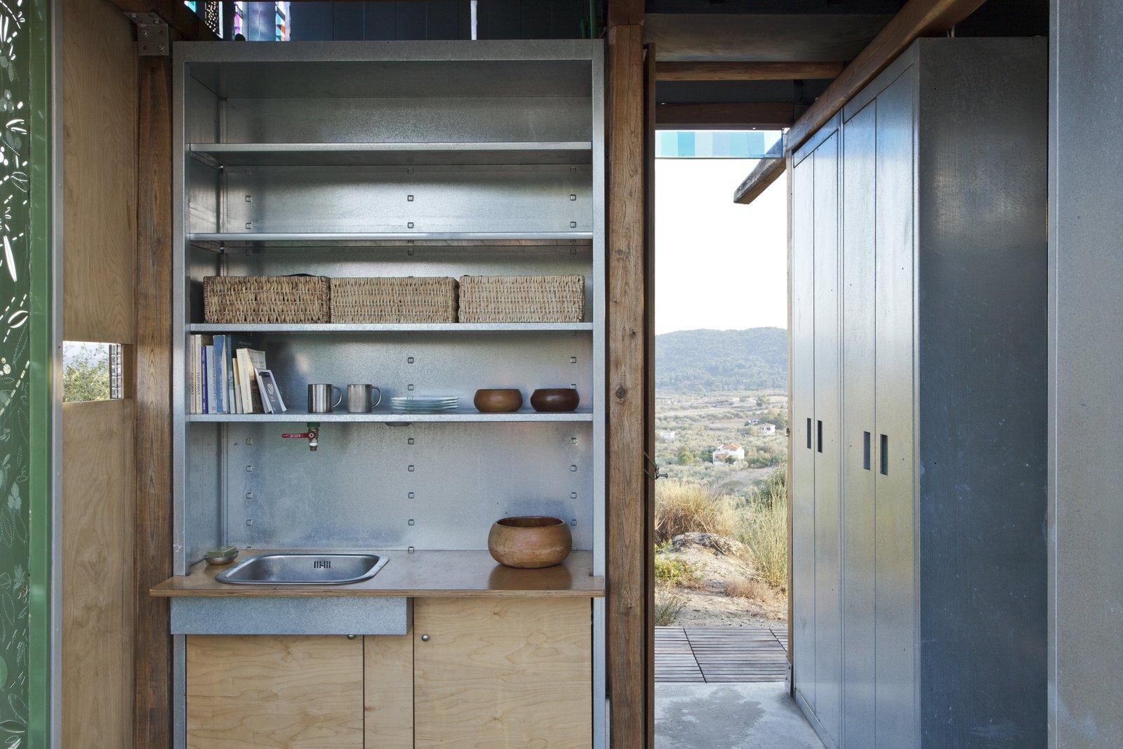 Olive Tree House by Eva Sopeoglou