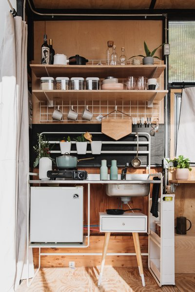 """Mariah included as many modular elements as possible in the kitchen. """"I didn't want a lot of built-ins that would make the space look and feel heavy,"""" she says."""