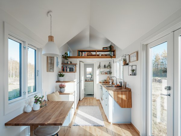 Vilde features plenty of windows so as to flood the interior with sunlight and connect the home to the natural landscape.
