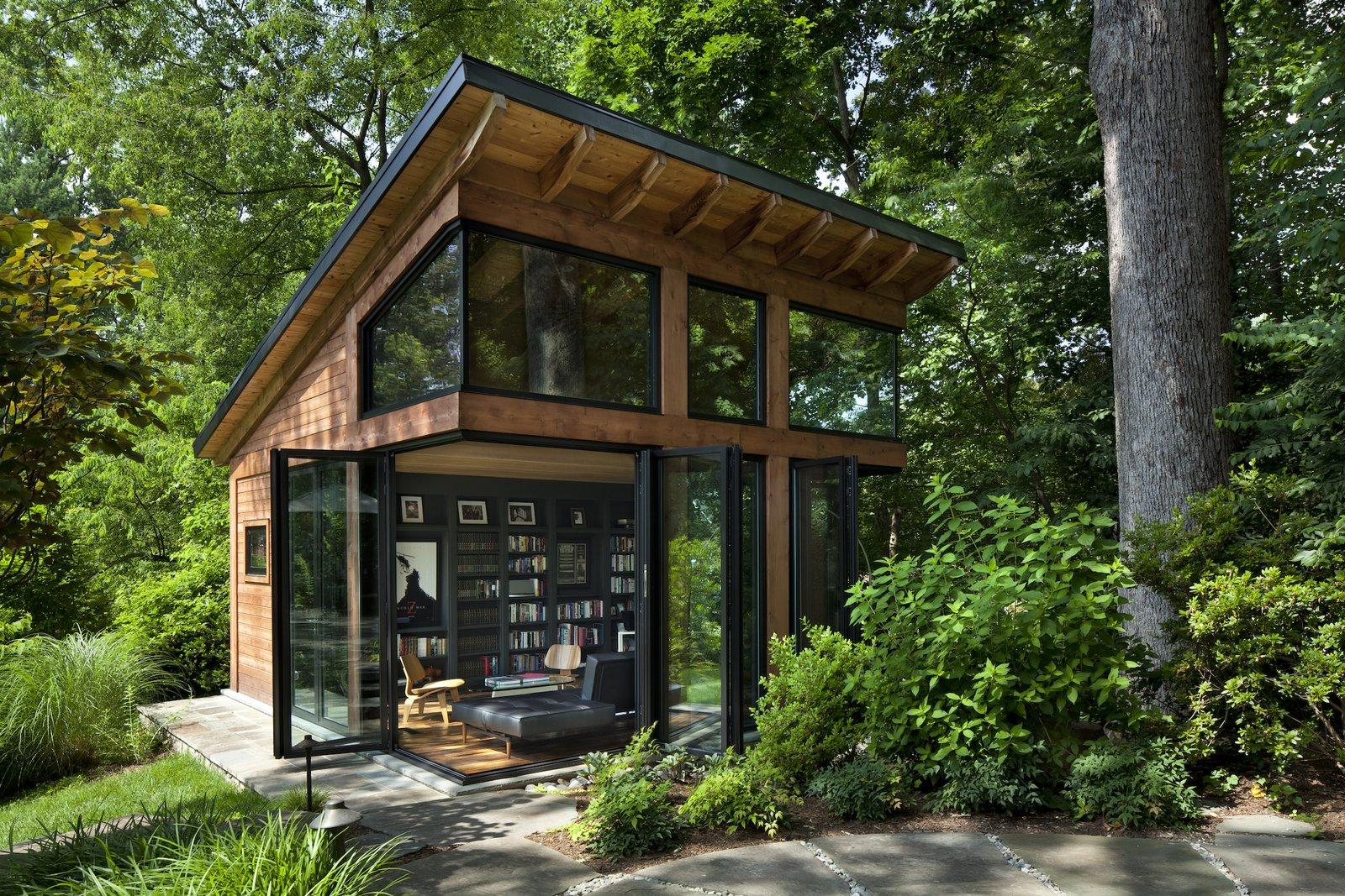 Exterior of Modern Writers Studio by Harrison Design