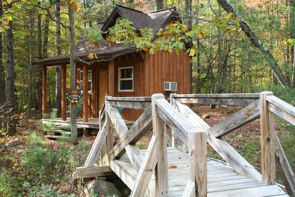 Adirondacks Tiny House is situated near Whiteface Mountain and the village of Lake Placid.
