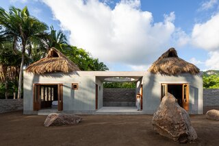 A Tiny, Thatched-Roof Hideaway in Mexico Pays Homage to the Tropical Landscape