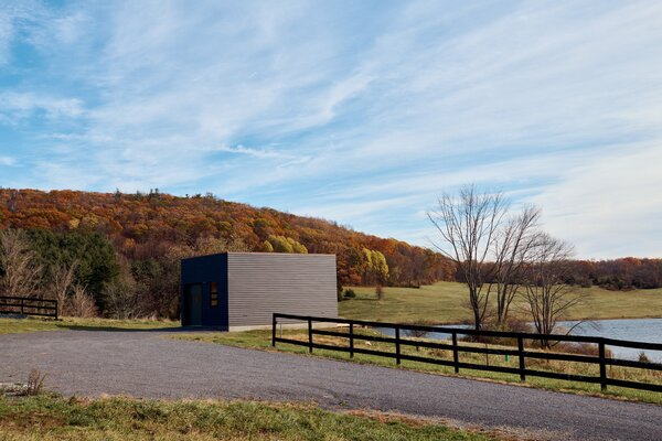 The Painter's Studio is a 440-square-foot workspace architect Tal Schori of GRT Architects designed for artist Yael Meridan Schori, his mother, in Dutchess County, New York.