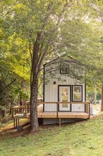 This South Carolina Company Offers Tiny Cottages With Off-Grid Capabilities