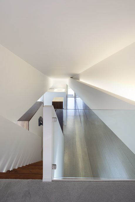#daylight #interior #stairs #windows #postcardhouse #kimberlingcity #hufft  Photo credit by Andrew Fabin, Matthew Hufft  Postcard House by Hufft