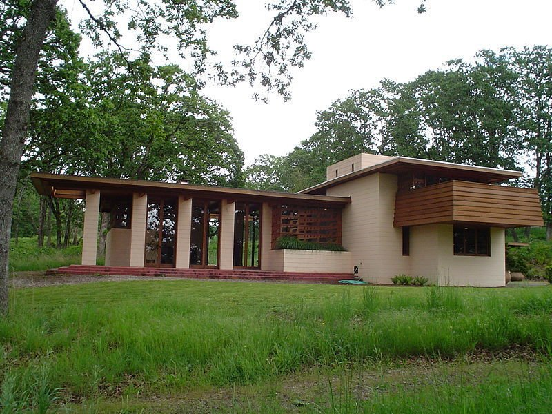 Photo 6 of 11 in 10 frank lloyd wright homes available to for Building a house in oregon
