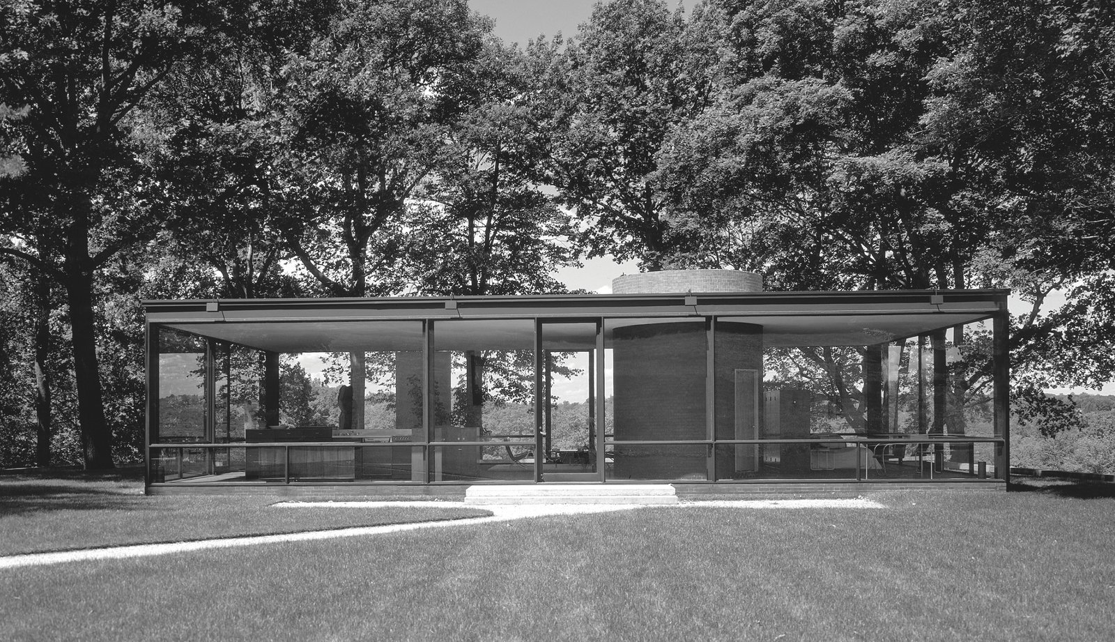 Philip Johnson: Glass House in New Canaan, Connecticut, 1949  Photo 6 of 11 in Dive Into a Visually Stunning Book That Celebrates Modernist Architecture and its Evolution