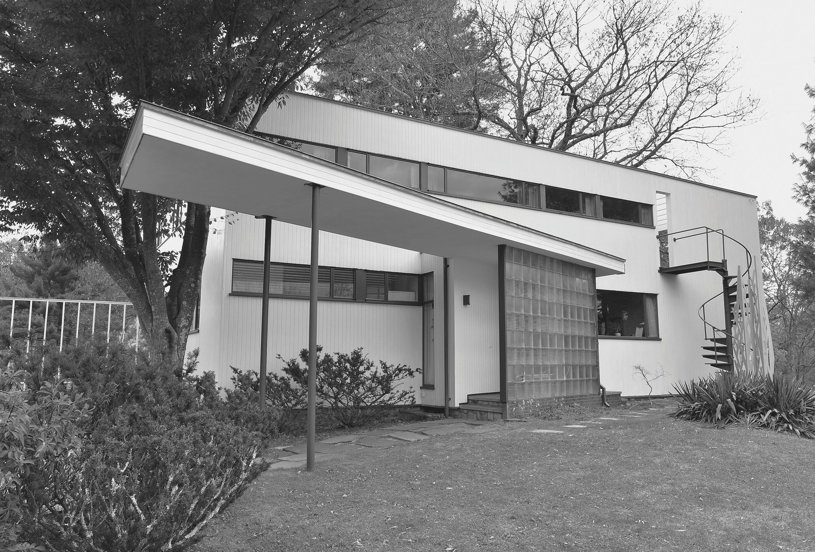 Walter Gropius: The Gropius House in Lincoln, Massachusetts, 1937-1938  Photo 8 of 11 in Dive Into a Visually Stunning Book That Celebrates Modernist Architecture and its Evolution