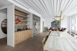 Nestled In The Heart Of New York City S Tribeca Neighborhood 12 Warren Features 13 Full