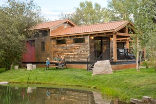 The Caboose Cabin sleeps up to six guests.