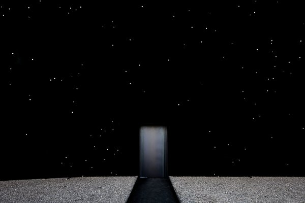 Asif Khan has been working with the manufacturers of Vantablack since 2013 and proposed its use in his shortlisted proposal for the UK Pavilion at Milan Expo 2015.