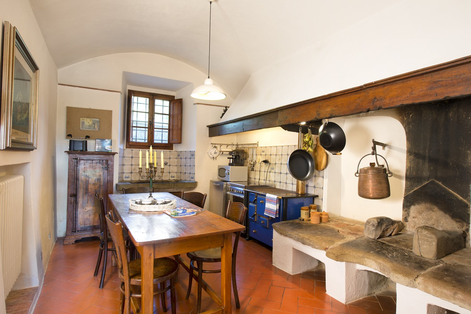 Kitchen, Terra Cotta Tile Floor, Ceramic Tile Backsplashe, Pendant  Lighting, Drop